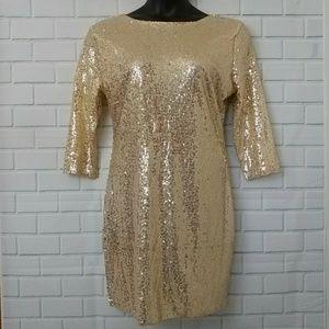 Dresses & Skirts - Beautiful Gold Sequin Dress (XXL)